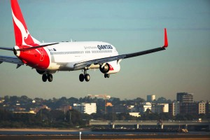 qantas-boeing-7371